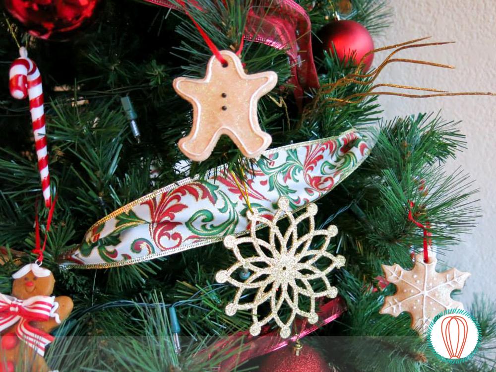 Salt Dough Christmas Ornaments | The Foodies\' Kitchen