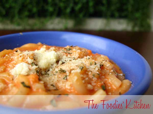 Baby Pasta with Tomato Sauce